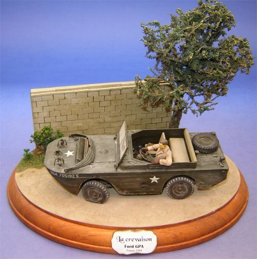 VOITURE DE GUERRE
