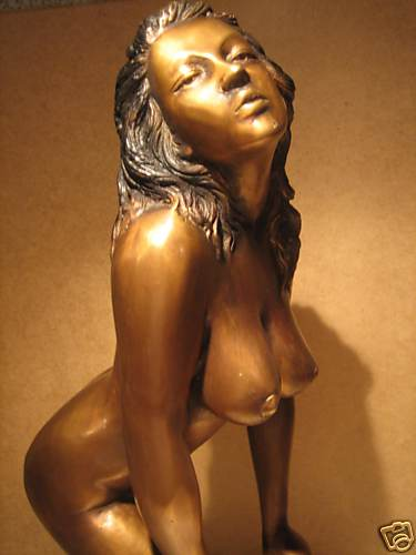 figurine de bronze