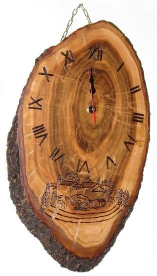 HORLOGE EN BOIS