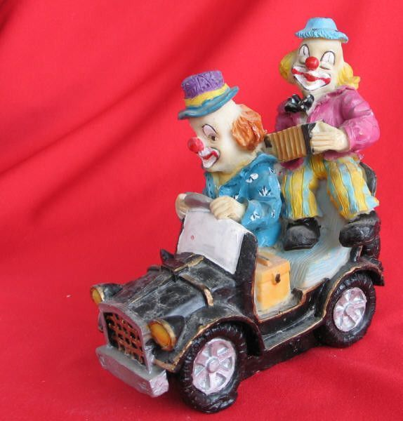 Figurines clowns F6e08296